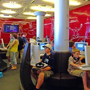 Интернет-кафе Сходни